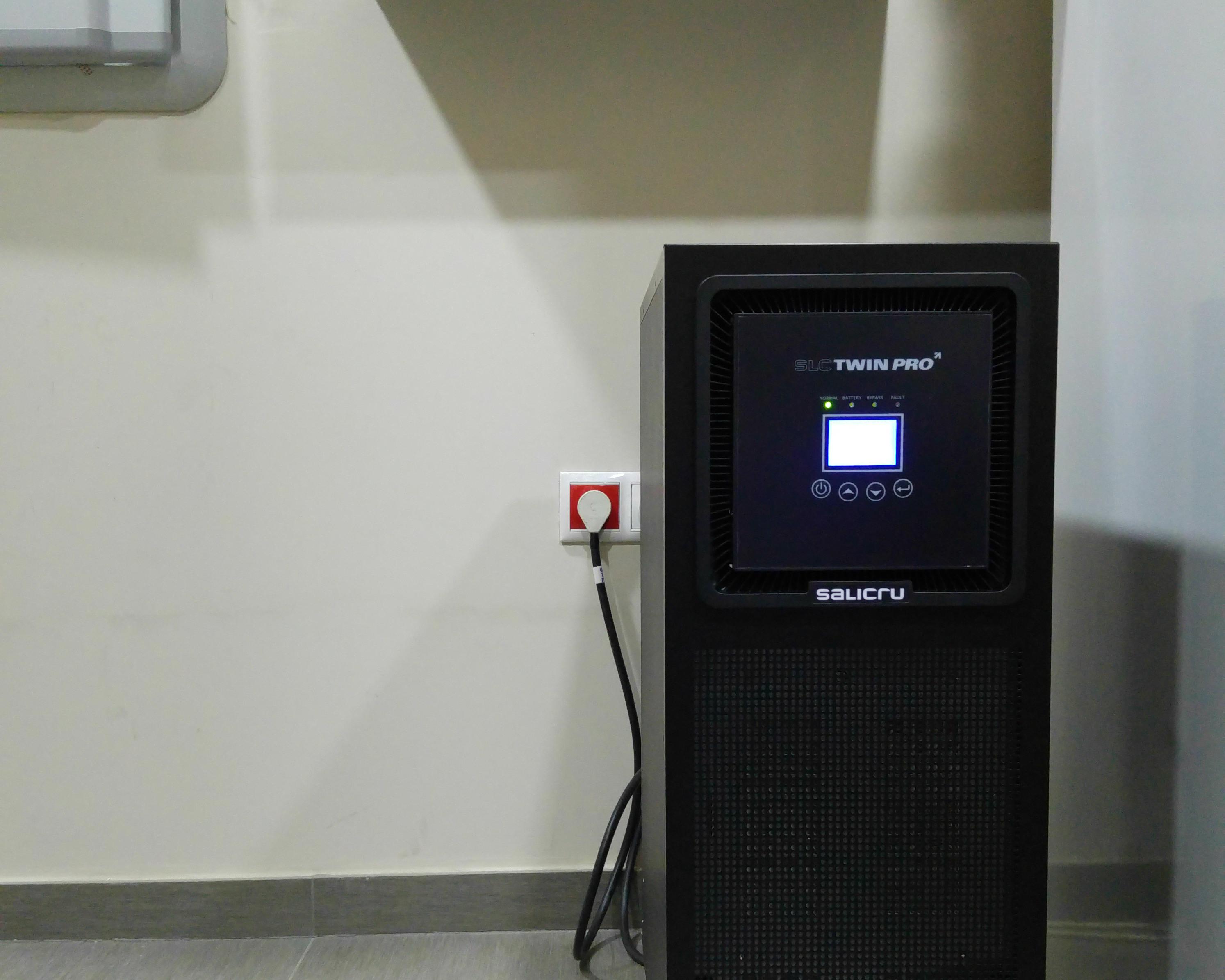 Sistema de alimentación ininterrumpida (SAI): seguridad de suministro eléctrico y protección de equipos